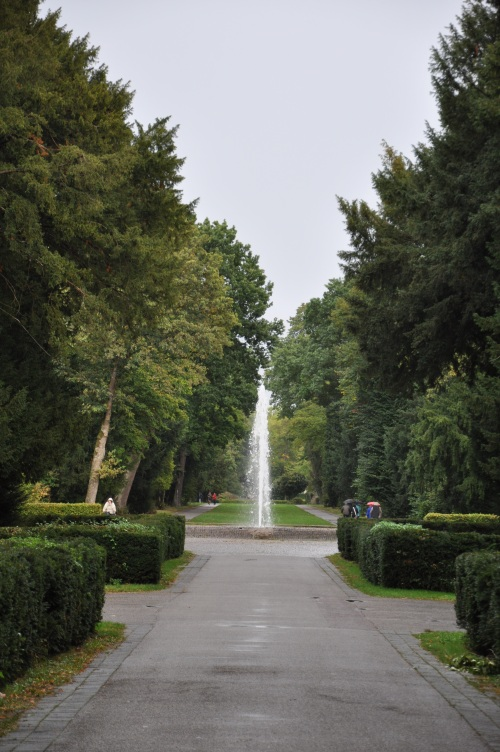 fountain at Schloss Karlsruhe